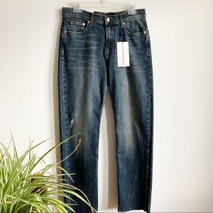 New Calvin Klein Mid Rise Straight Size 29/30